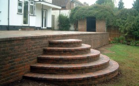Hard Landscaping - Walling, Steps & Gates